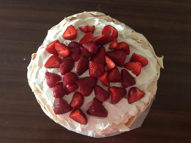 Pavlova osvežilna tortica