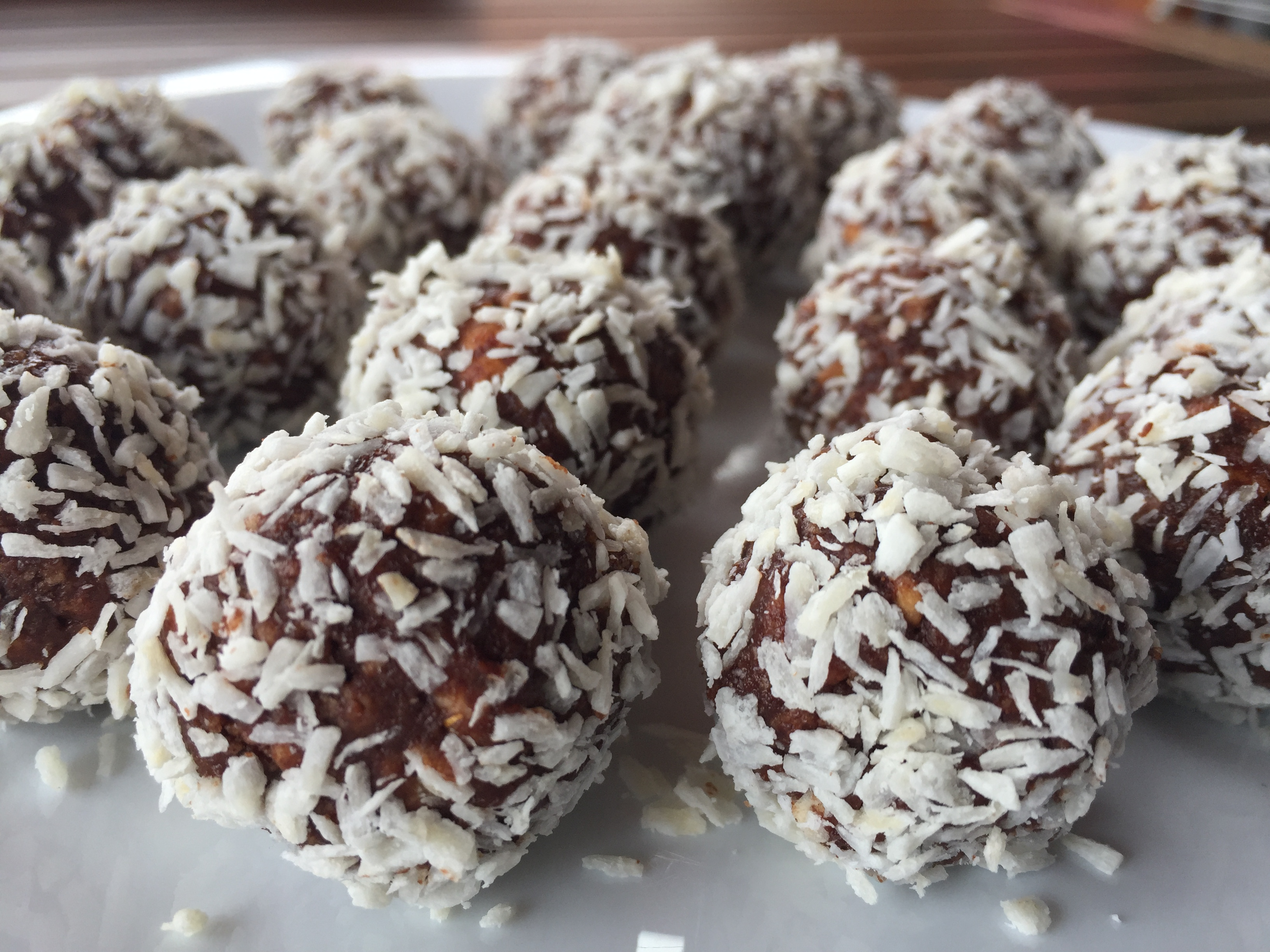 Slastne kokosove kroglice (ježki) brez glutena