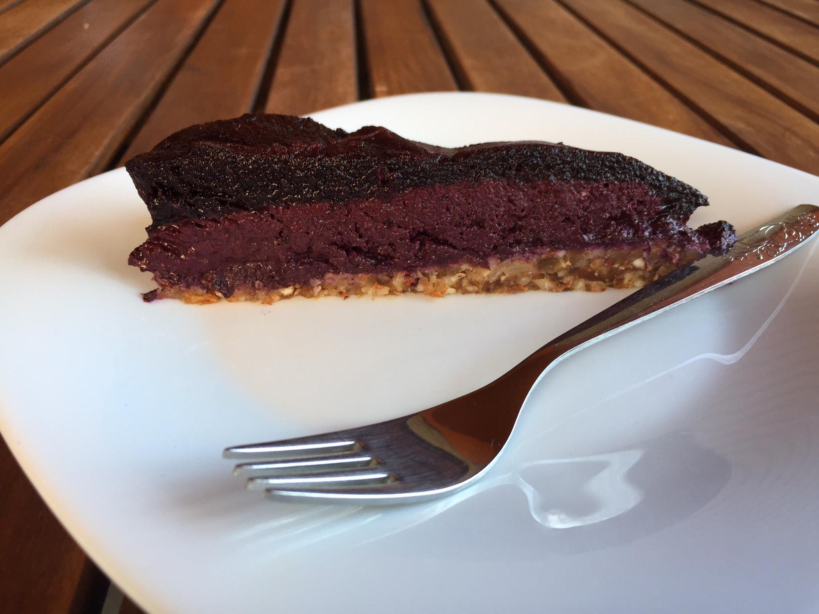 Borovničeva presna torta brez glutena