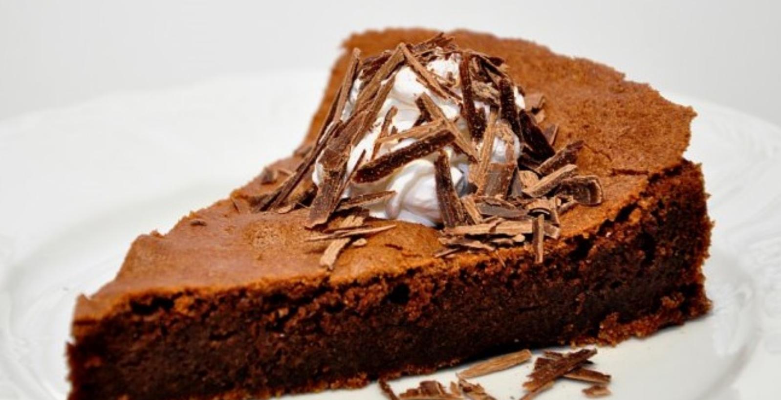 Zdrava čokoladna pita